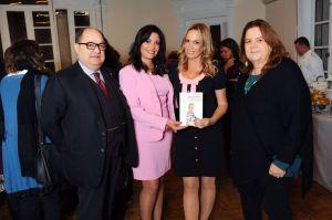 Natalia Denegri presentó su primer libro en Roma