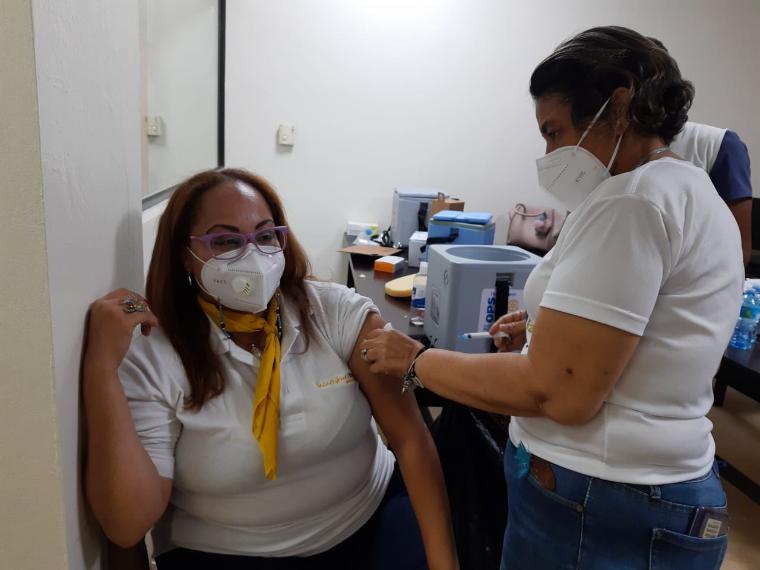 Foto de vacunacion barcelo 1
